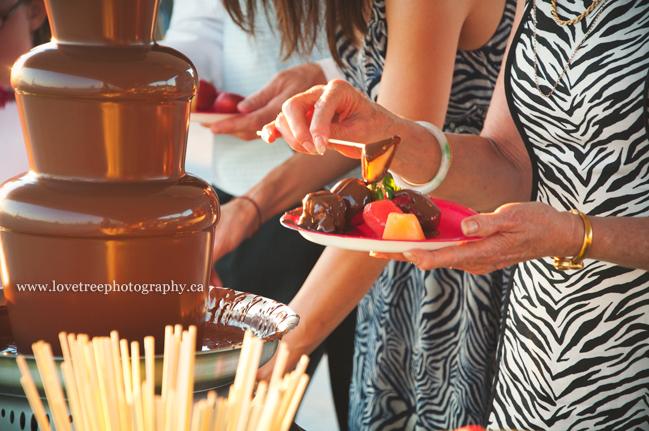 chocolate fondues at weddings