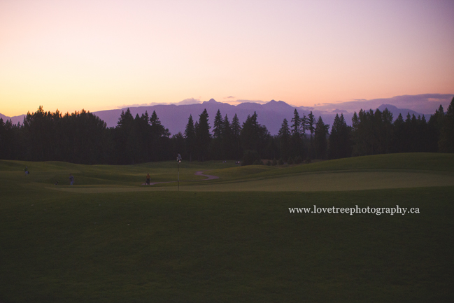 Redwoods golf course at sunset | image by Langley wedding photographer www.lovetreephotography.ca