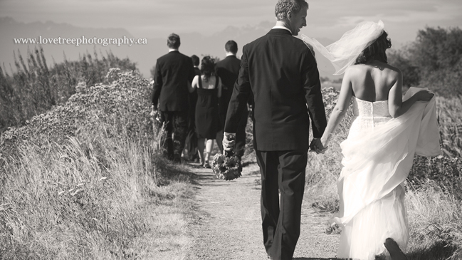 Ladner Weddings, boundary bay; image by vancouver wedding photographers www.lovetreephotography.ca