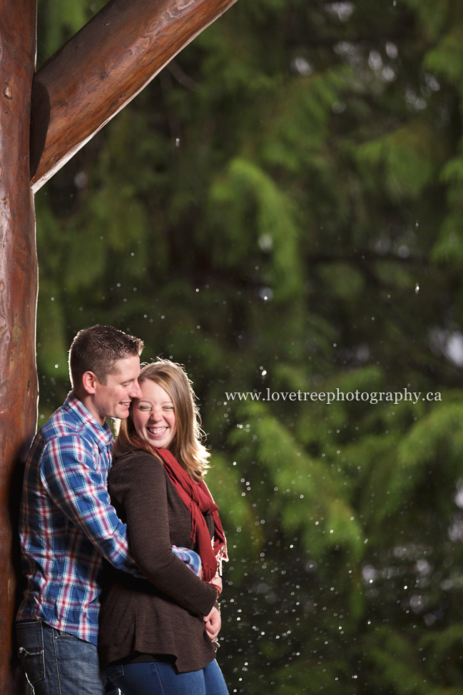 A rainy lakeside engagement session shot by Vancouver wedding photographers Love Tree Photography www.lovetreephotography.ca
