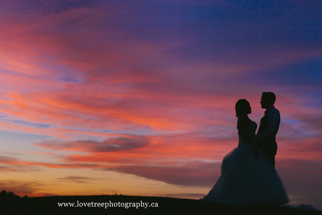 Sunset wedding at Redwoods Golf Course in Langley BC